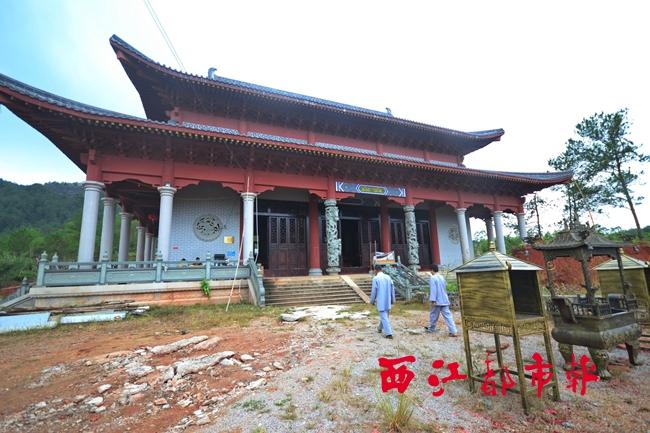 在藤县太平镇狮山风景区内,当地已重建契嵩当年出家的寺庙宁风寺.