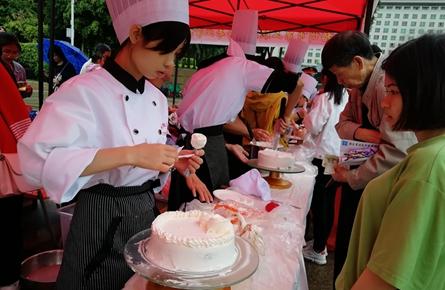 梧州市职业教育体验活动周启动