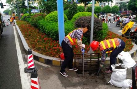 清淤泥保障排水
