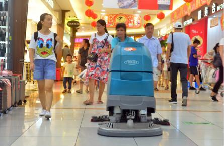 购物环境很舒心 公益宣传待加强