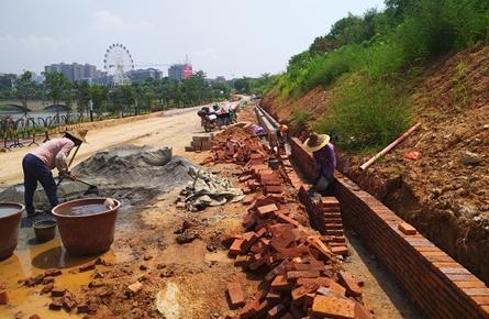玫瑰湖公园东侧道路升级改造
