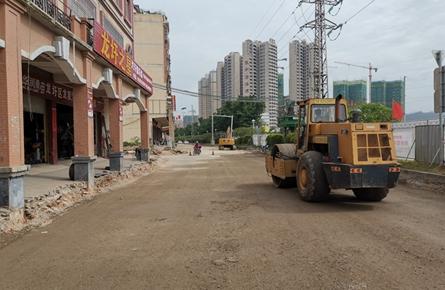 龙圩区道路改造工程进度慢
