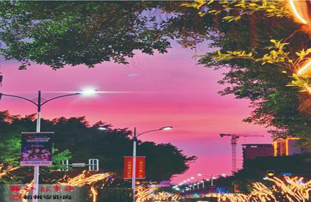 夕阳西下 街景如画