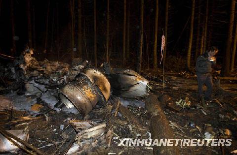 俄罗斯一架小型飞机在白俄罗斯坠毁