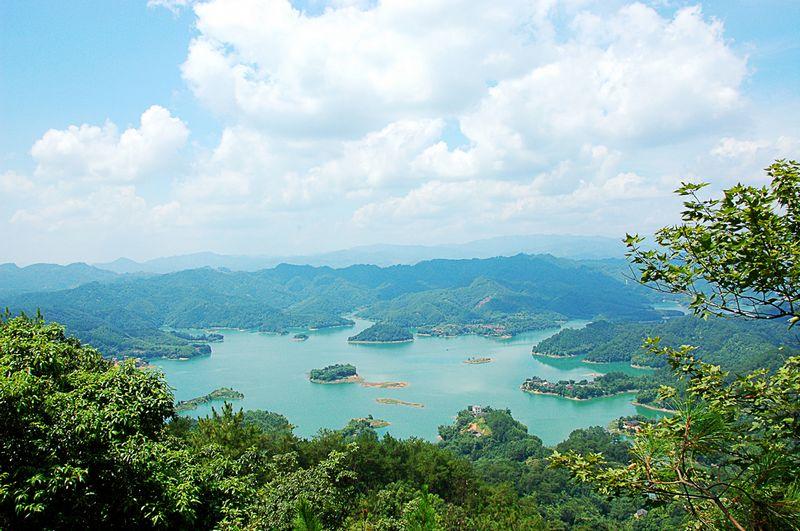 爽岛飞龙湖