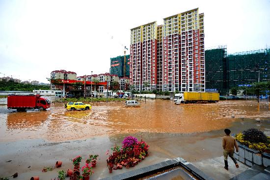 11月12日,梧州机场由梧州发往南宁,重庆两段航线的航班取消.