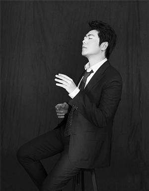 高清钢琴师黑白剧照